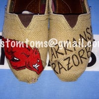 Arkansas Razorbacks Burlap Custom TOMS